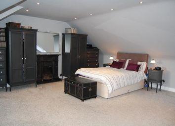 2 bed flat to rent in Abergeldie Terrace, Aberdeen AB10