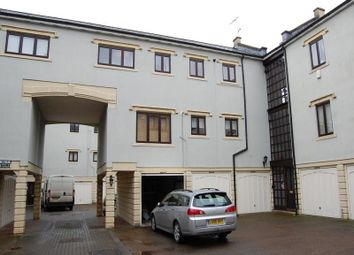 Thumbnail 2 bed flat to rent in Alfred Court Dapps Hill, Keynsham, Bristol