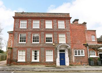 Thumbnail 2 bed flat to rent in West Street, Marlow