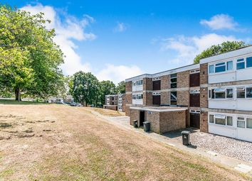 2 bed flat to rent in Hawe Close, Canterbury CT2