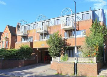 Thumbnail 1 bedroom flat to rent in Chalfont Place, Upper Lattimore Road, St Albans, Hertfordshire