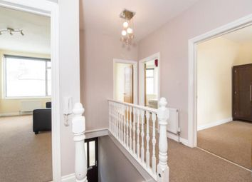 Thumbnail 3 bed flat to rent in Leslie Road, London