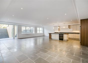 Thumbnail 6 bed detached house to rent in Bank Lane, London