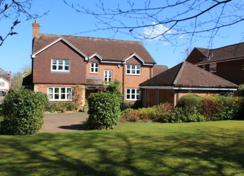 Thumbnail 5 bed detached house for sale in Seekings Drive, Kenilworth