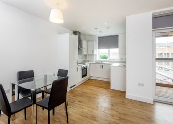 2 bed property to rent in 252 Bowes Road, London N11