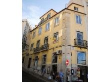 Thumbnail Commercial property for sale in Lisbon, Portugal
