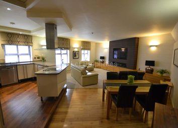 Thumbnail 2 bedroom flat to rent in Gravel Lane, Salford