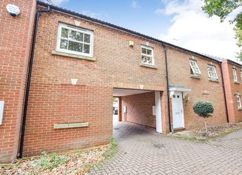 Thumbnail 2 bed flat to rent in Victoria Gardens, Wokingham, Berkshire