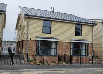 Thumbnail 3 bed property to rent in Arctic Road, Cowes