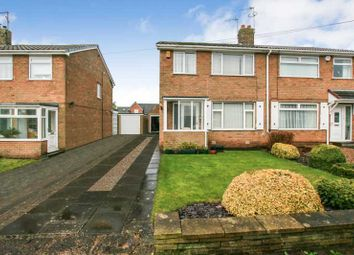 Thumbnail 3 bed town house for sale in Longcroft Road, Dronfield Woodhouse, Derbyshire