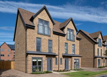 Thumbnail 2 bed flat for sale in Shelduck Drive, Reading, Berkshire