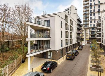 Thumbnail 2 bed flat to rent in Bradfield Close, Woking