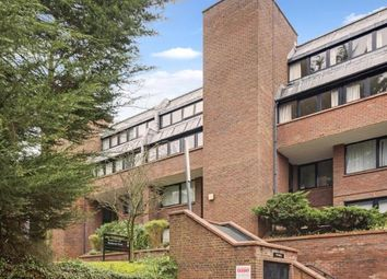 Thumbnail 2 bed flat for sale in Chandos Way, Golders Green, London