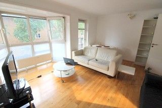 Room to rent in (House Share), Rope Street, Canada Water SE16