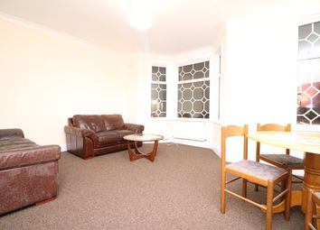 3 bed flat to rent in Mayfair Ave, Ilford IG1