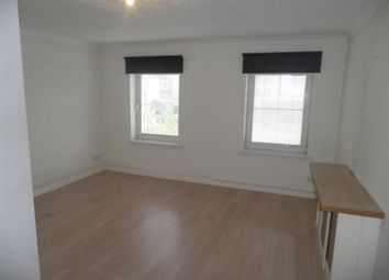 Studio to rent in Knights Court, Sittingbourne ME10