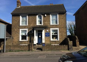 Thumbnail 2 bed flat to rent in Park Road, Sittingbourne, Kent