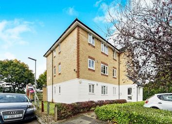 Thumbnail 2 bed flat for sale in Chipstead Close, Sutton, Surrey, Greater London
