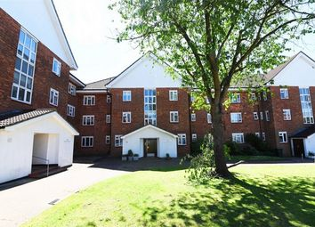 Thumbnail 3 bed flat for sale in Elmshurst Crescent, East Finchley