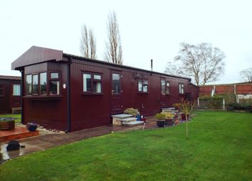 Thumbnail 1 bed mobile/park home for sale in Elmdene Close, The Elms, Torksey, Lincoln