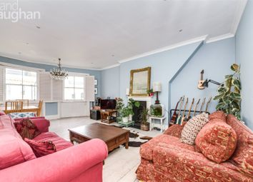 Chesham Place, Brighton BN2. 2 bed flat for sale
