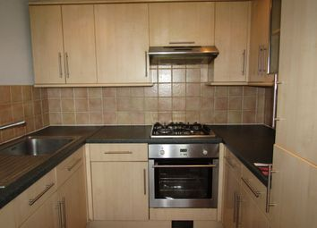 2 bed flat for sale in Limes Avenue, Chigwell IG7