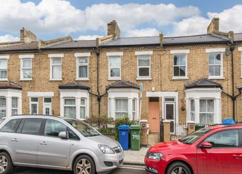 Thumbnail Barn conversion to rent in Colls Road, Peckham, London