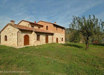 Thumbnail 4 bed farmhouse for sale in Str. Del Lago, Chiusi, Tuscany