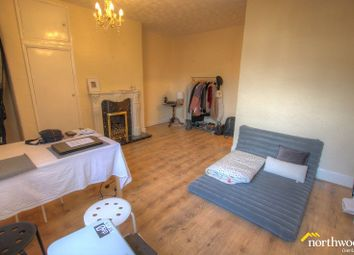 Thumbnail 1 bed flat to rent in Maxwell Street, Gateshead