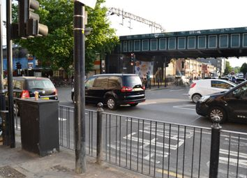 Thumbnail 2 bed town house to rent in Cambridge Heath Rd, Bethnal Green