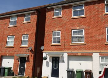 Thumbnail Room to rent in Pingle Close, Corby