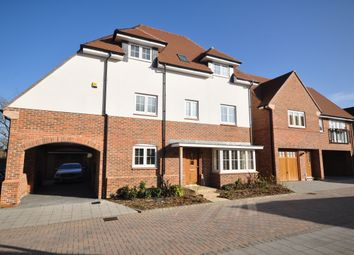 Thumbnail 4 bed detached house to rent in Kilnwood Close, Faygate, Horsham