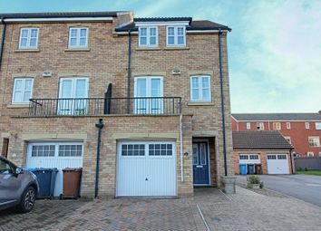 Thumbnail 4 bedroom semi-detached house for sale in Flanders Red, Hull