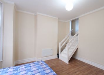 Thumbnail Studio to rent in Firsby Road, Stamford Hill