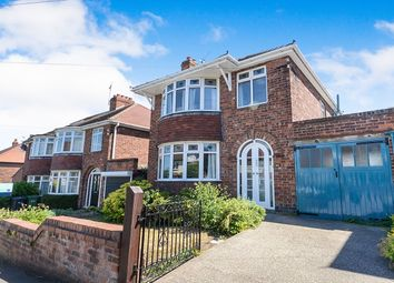 Thumbnail 3 bedroom detached house for sale in Manor Drive North, York