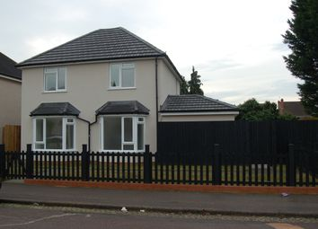 Thumbnail 3 bedroom detached house to rent in Gifford Road, Bedford