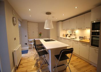 Thumbnail 2 bed flat to rent in Stafford Street, West End, Edinburgh