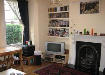Thumbnail 2 bed flat to rent in Market Place, East Finchley, London