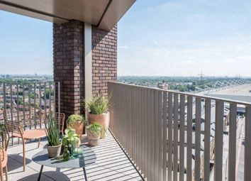 Thumbnail 3 bed flat for sale in Royal Docks West, Royal Victoria