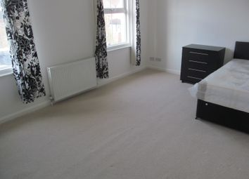 Thumbnail 6 bed terraced house to rent in Sidmouth Street, Reading