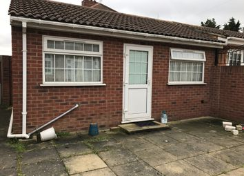 Thumbnail Studio to rent in Brookside Road, Hayes, Middlesex