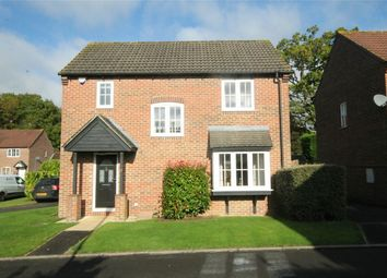 Thumbnail 3 bed detached house for sale in Larkspur Gardens, Thatcham