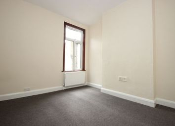 Thumbnail Room to rent in York Road, Bounds Green, London