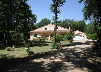 Thumbnail 4 bed villa for sale in Poitiers, Poitou-Charentes, 86000, France
