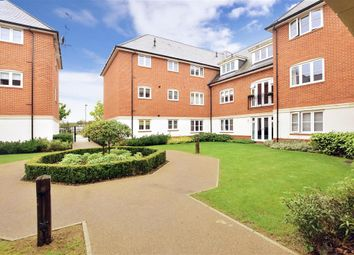 Thumbnail 2 bedroom flat for sale in Scholars Way, Horsham, West Sussex