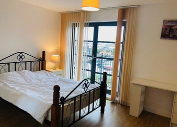 Thumbnail Room to rent in Zenith Apartment, 598 Commercial Road, Limehouse, London