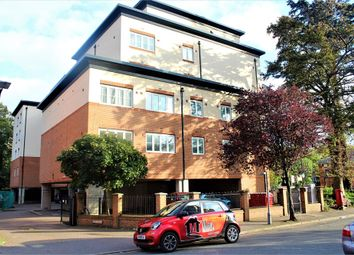 Thumbnail 2 bedroom flat to rent in Bath Road, Slough, Berkshire
