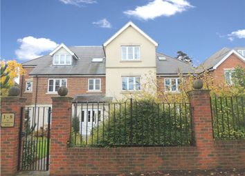 Thumbnail 2 bed flat to rent in Pampisford Road, South Croydon