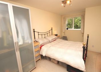 Thumbnail 2 bedroom flat to rent in Brackley Road, Beckenham