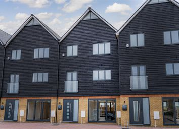 Thumbnail 5 bed town house for sale in Waterside Close, Faversham